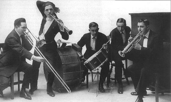 Earl Fuller's Famous Jazz Band , 1917: Harry Raderman, Ted Lewis, John Lucas, Earl Fuller, Walter Kahn.