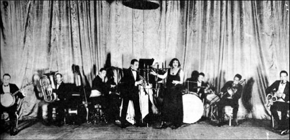 Wilbur Sweatman and His Acme Syncopators, 1923: Maceo Jefferson, Ralph Esudero, Duke Ellington, Wilbur Sweatman, Flo Dade, Sonny Greer, Ian Anderson, Otto Hardwick.